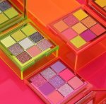 Huda Beauty Obsessions Palette -neon Orange