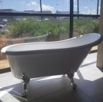 Eurotrend White Freestanding Slipper Bath with Silver Feet