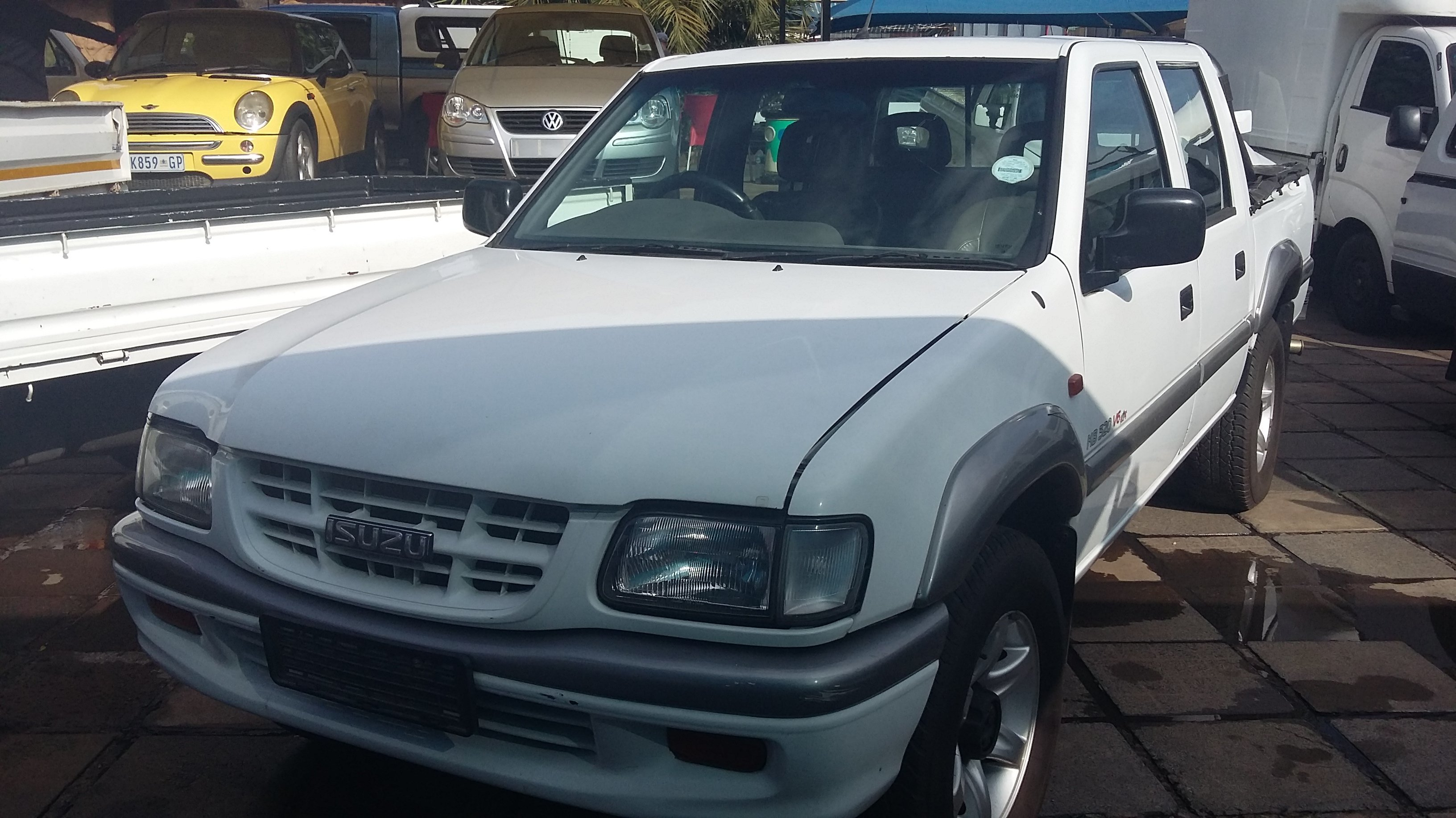 For Sale Isuzu Kb 320 Lx 4x2 2000 Bakkie Double Cab Used Price