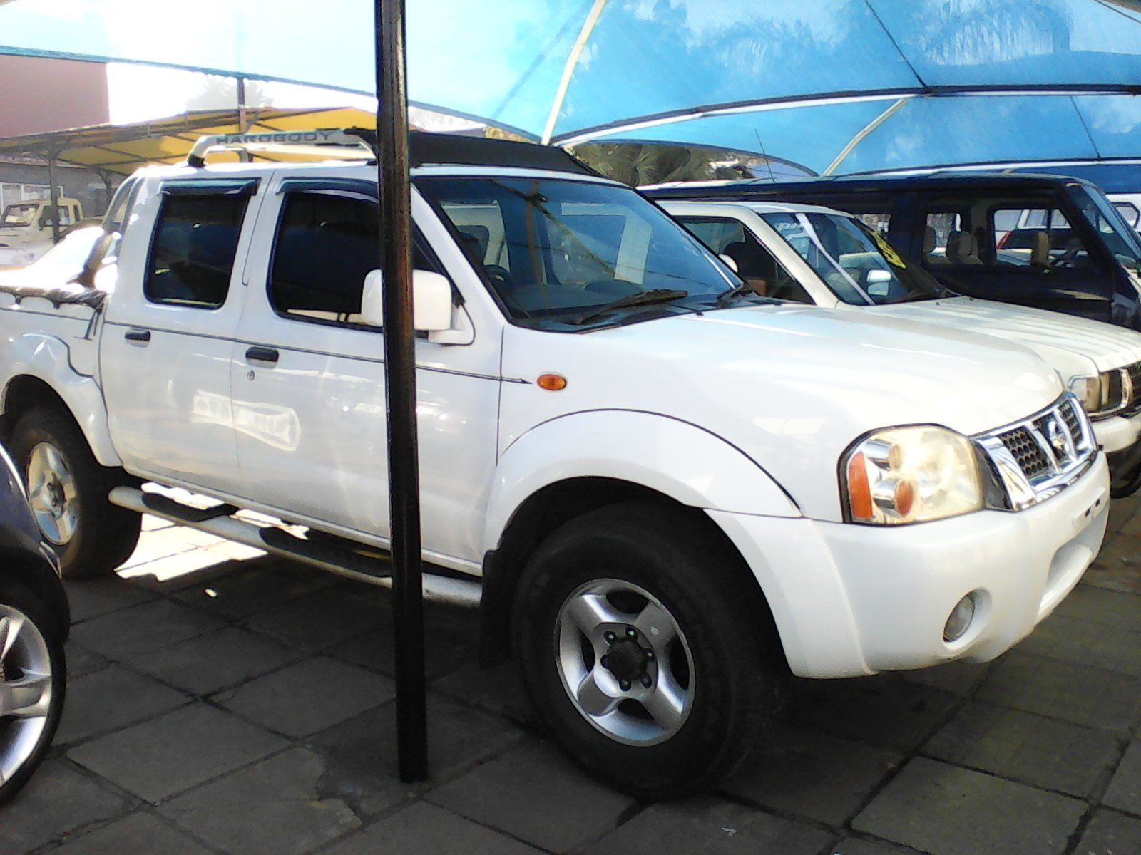 For Nissan Hardbody 3000td Sel 4x4 J85 2003 Bakkie Double Cab Used Price R105000 Gauteng